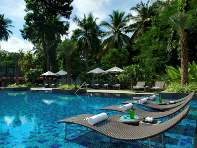 Pool-Side Taj Coromandel